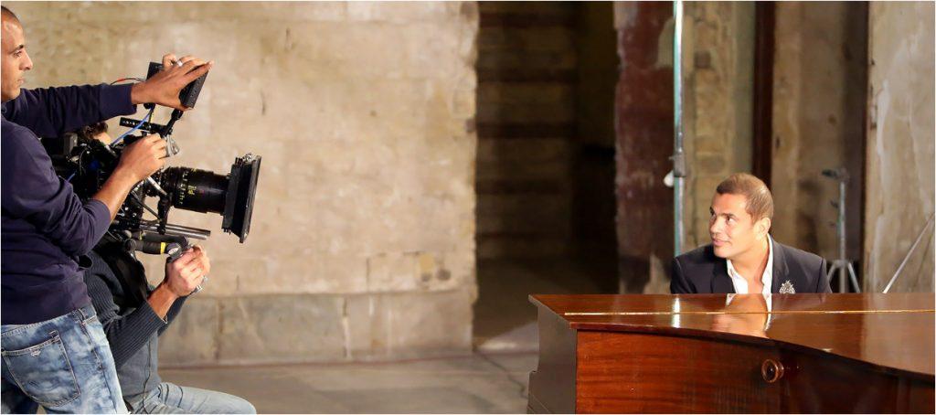 Amr Diab during video clip shot